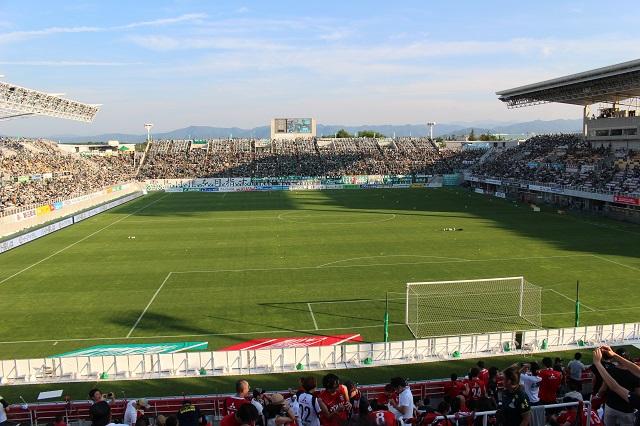 松本平広域公園総合球技場アルウィン
